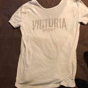 Victoria's Secret top🌻 3 for $20 🌻